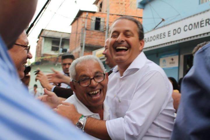 Eduardo Campos em visita à comunidade de Paraisópolis (Foto: Francisca Rodrigues)
