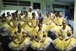 288 alunos são atendidos com o Ballet Paraisópolis (Foto: Renata Alves)