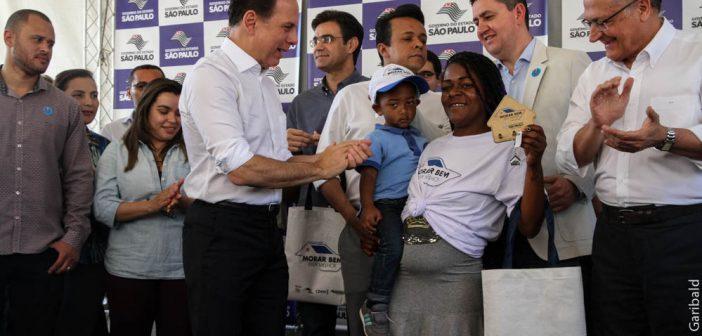 Governo do Estado entrega 112 unidades de habitação em Paraisópolis